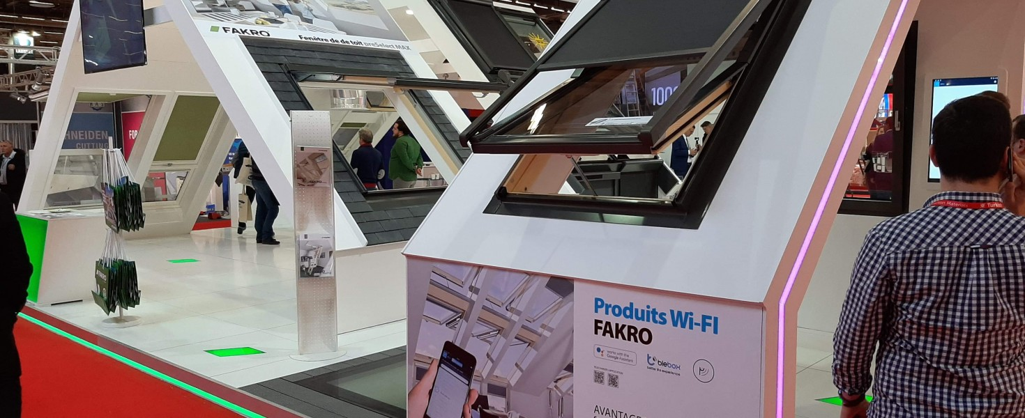 Produkty FAKRO sterowane przez sieć WiFi na targach BATIMAT w Paryżu