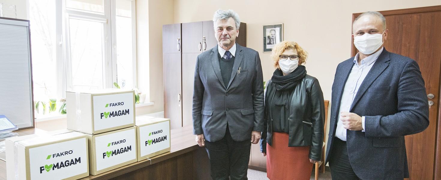 Maseczki ochronne od FAKRO dla nowosądeckiego szpitala