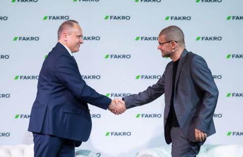 Architekt Robert Konieczny ambasadorem firmy FAKRO