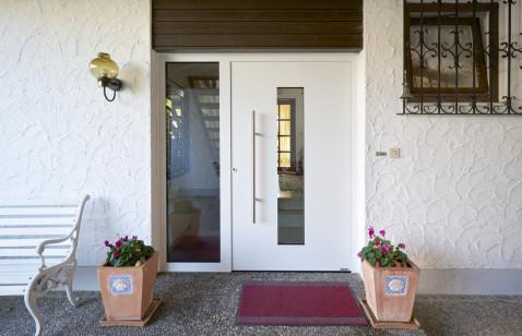 Nowe drzwi zewnętrzne firmy Hörmann – krok po kroku